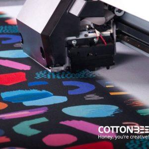 Wie bedruckt man Textilstoff mit Mustern?