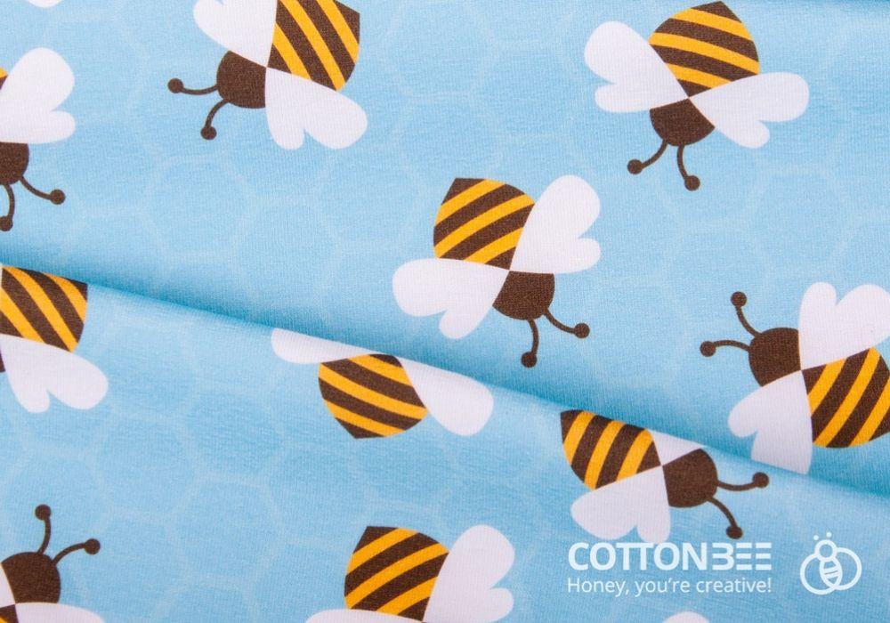 Material w pszczoly i plastry miodu