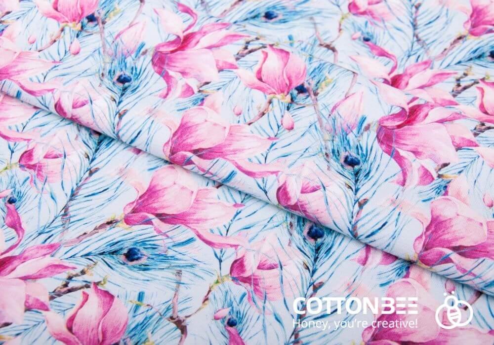 tkanina z wzorem w pawie piora