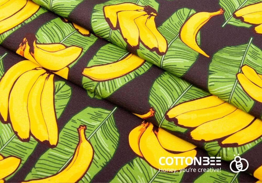druk na materiale w liscie bananowca