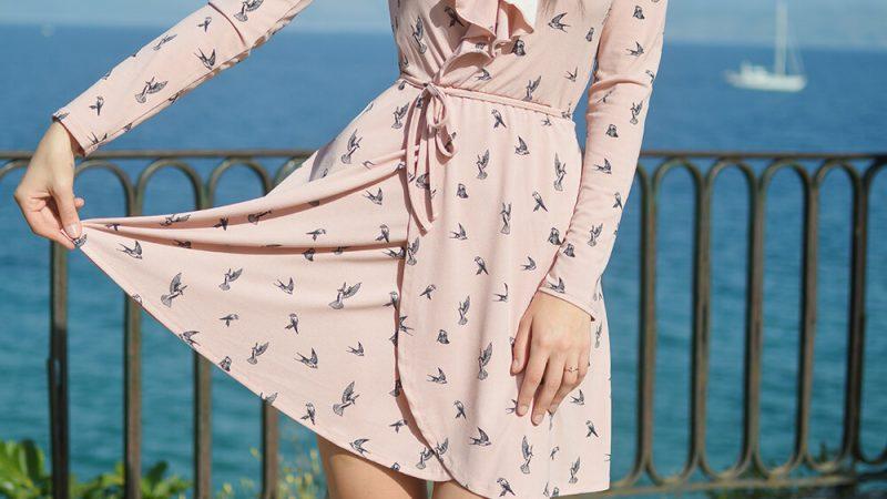 Jak wybrać materiał do szycia na sukienkę?